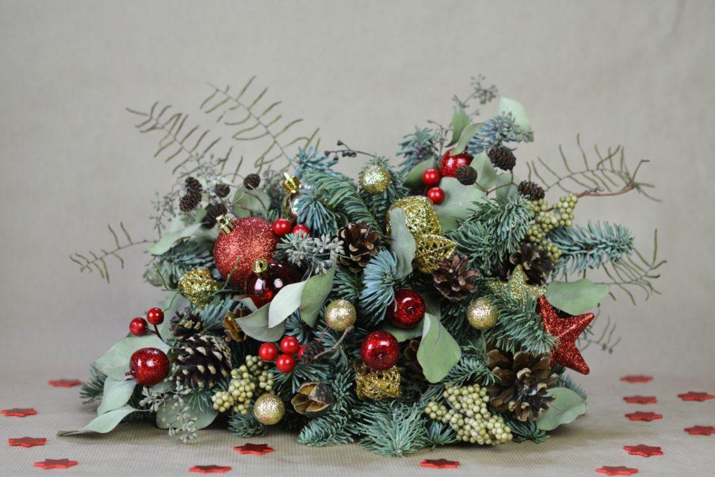 červená vánoční dekorace