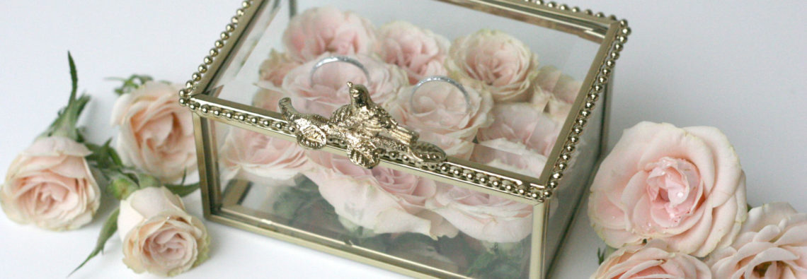 Svatebni dekorace, box / krabička na prstýnky