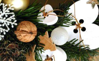Vánoční dekorace věnce