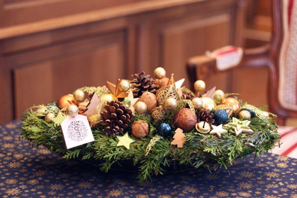 modrá vánoční dekorace