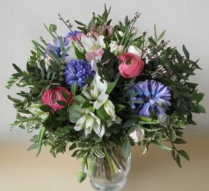 Květinové aranžmá / velká kytice - Modré ,růžové, zelené květiny